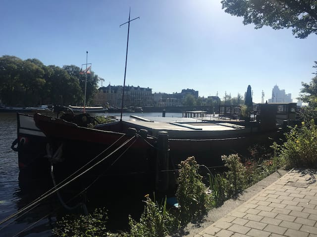 Authentic Houseboat at the Amstel - Ámsterdam - Barco