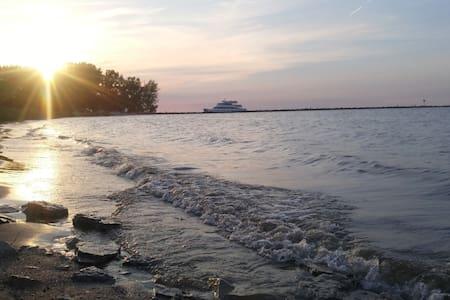 Lake Erie Retreat