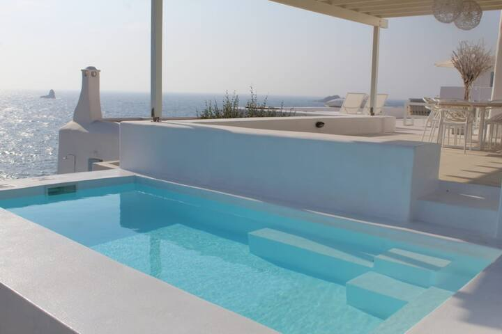 Thea Villas 3, Breathtaking Sea view, private pool
