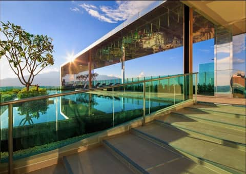 Panorama view & Rooftop Pool, Close Night Bazaar