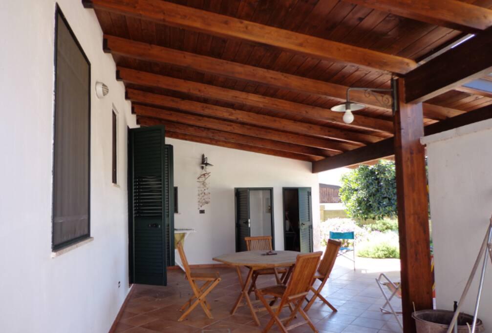 veranda posteriore grande