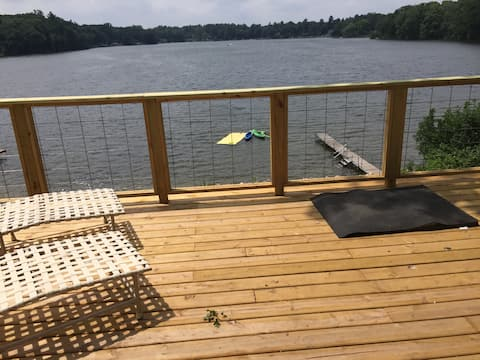 Lakefront Cottage on All Sports Lake
