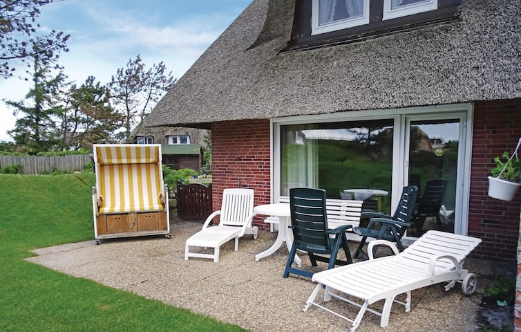 Holiday apartment with 2 bedrooms on 50 m² in List OT Westerheide