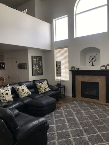 Beautifully furnished, large well kept home