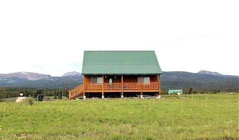 Family cabin near Yellowstone, WiFi (free)