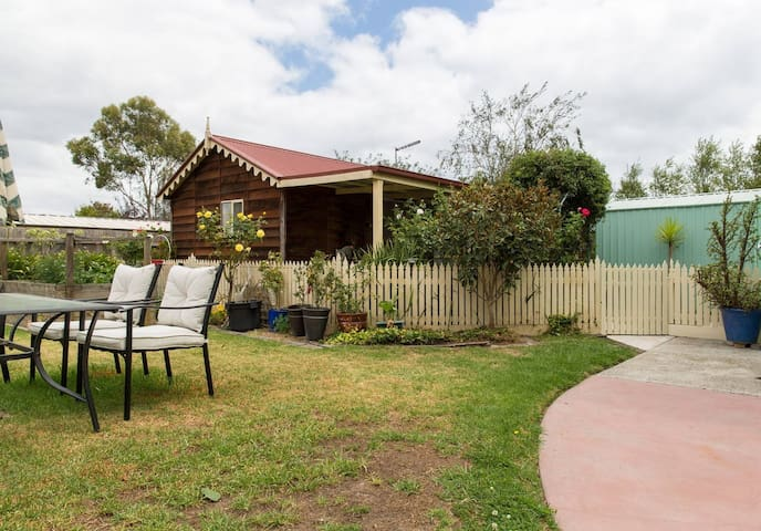 Modern, Private Cottage Retreat - Mount Martha - Cabaña