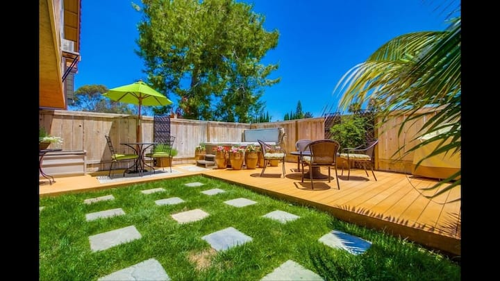 Minutes from beaches, quiet gated community