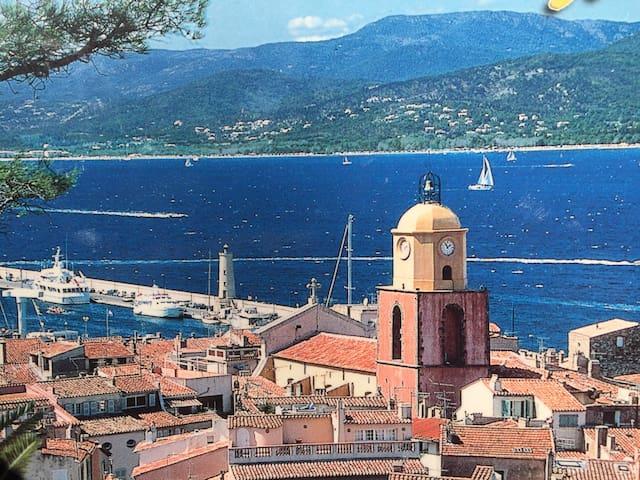 Blick nach Saint Tropez von der Cytadelle