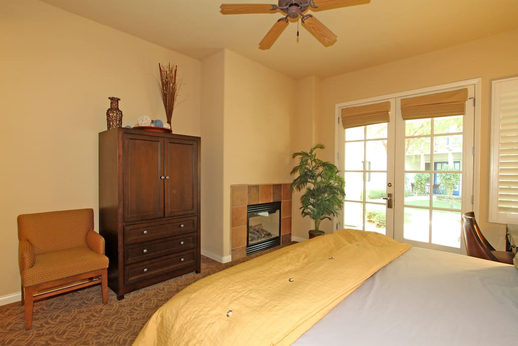 King bed, flat screen TV and gas fireplace