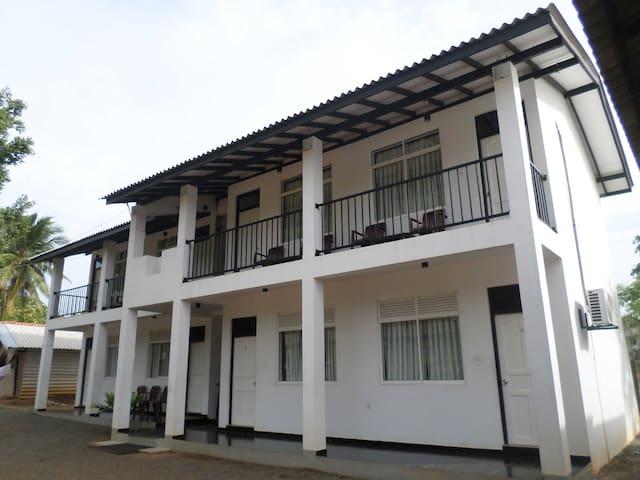 Vista Rooms Romana Rest - Kataragama - Apartament