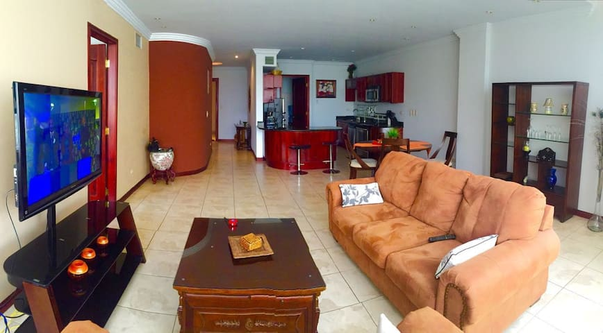 Luxury Escazu condo - San Rafael - Condominium