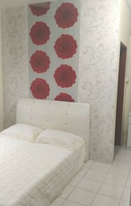 Cozy 3 Bedroom Apartment near UMS