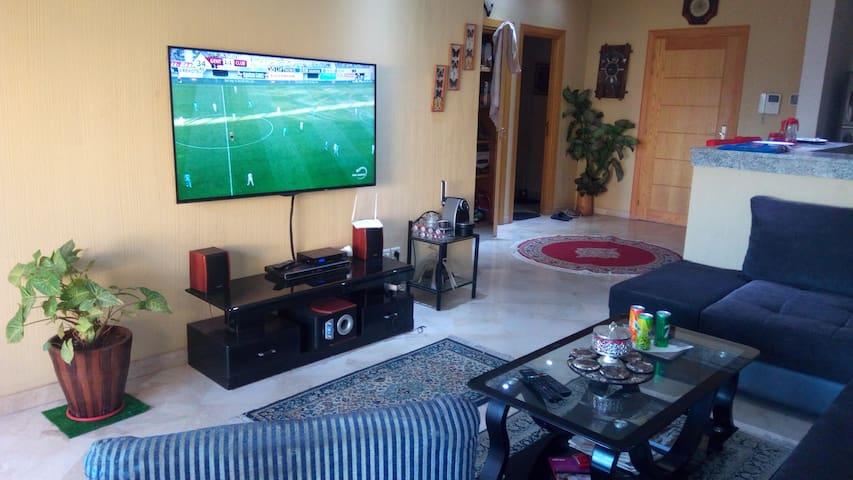 Grand Ecran Smart TV