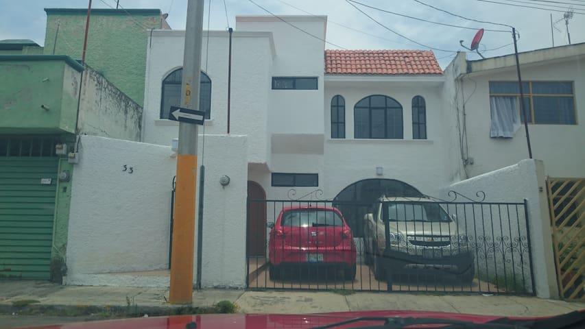 College Room - Heroica Puebla de Zaragoza - Guesthouse