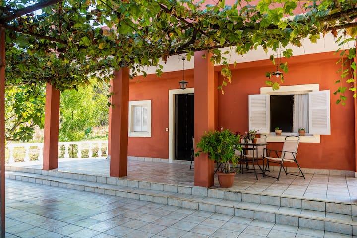 George's Country Corfu House