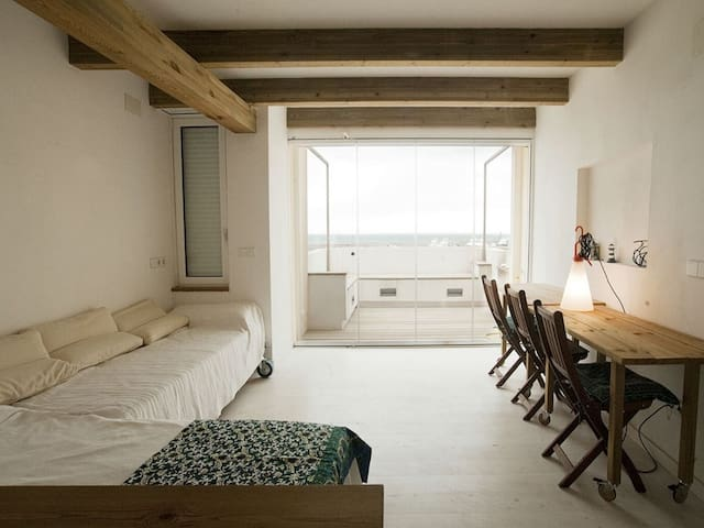 Romantic loft ideal couples with views to Mediterranean Sea