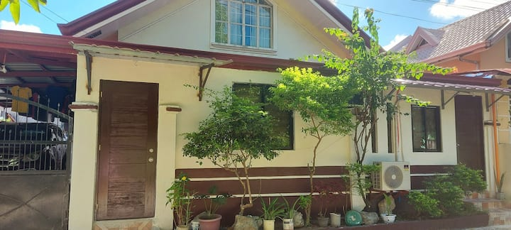 Sinag-araw Transient homes cozy & comfortable.