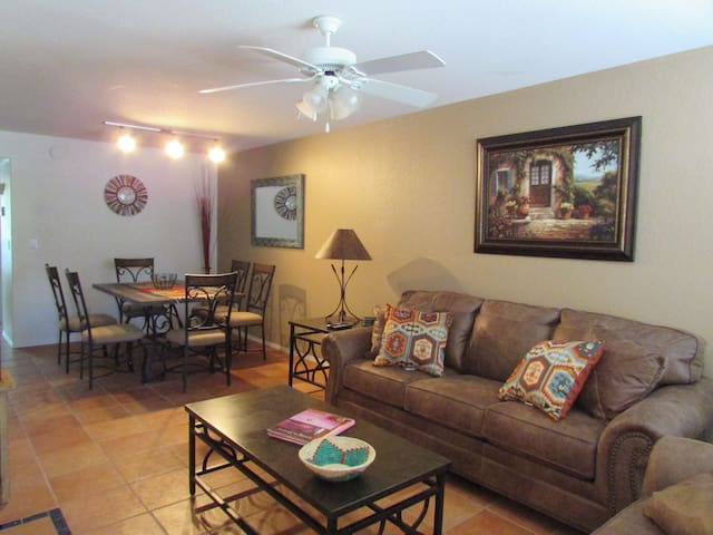 Hacienda in The Desert!!!  Southwest Charm in this easy access 2 bedroom
