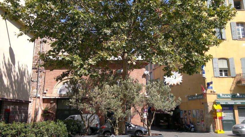 Appartement 2 pièces centre ville avec wifi