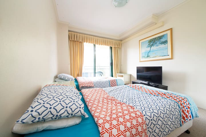 AVAILABLE NOW - A STUNNING ROOM