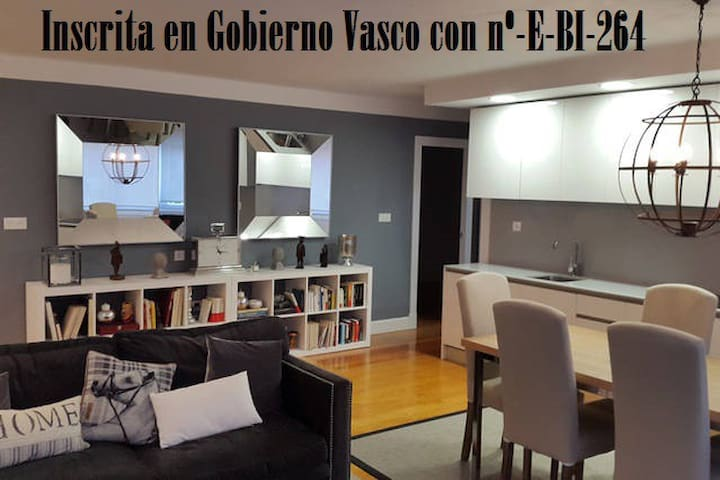 Beautiful luxury apartment with WIFI - Bilbao - Bed & Breakfast