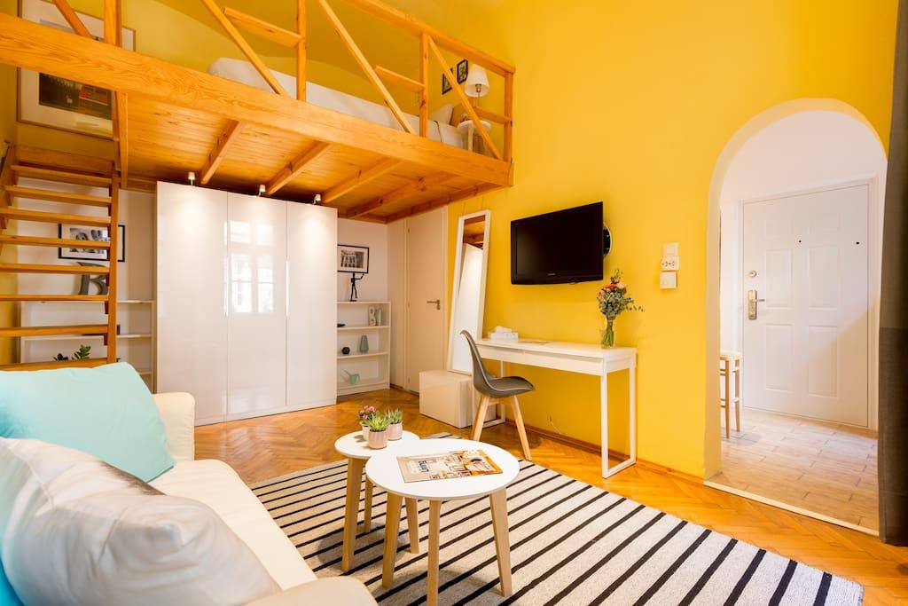 Juliet's Central apartment