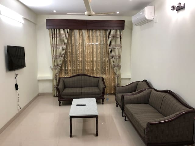 Penthouse family place near Baridhara and Gulshan