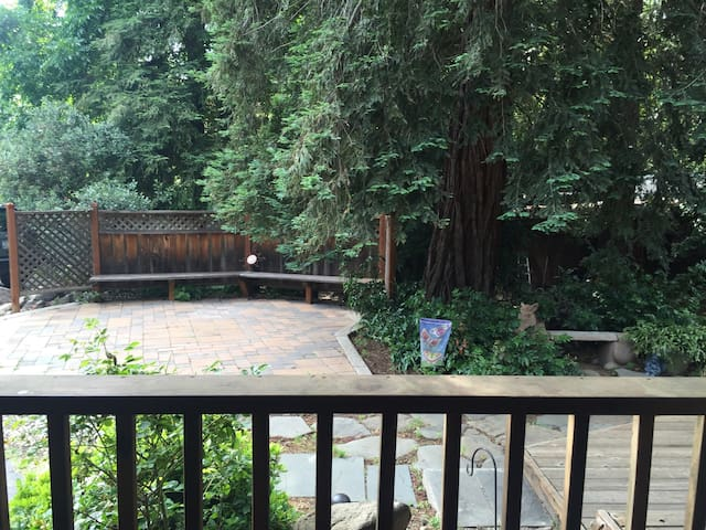Private In-Law Suite on wine trail - Morgan Hill