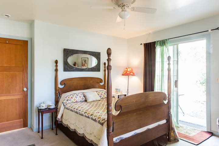 Comfy Cozy Room - Ojai - House