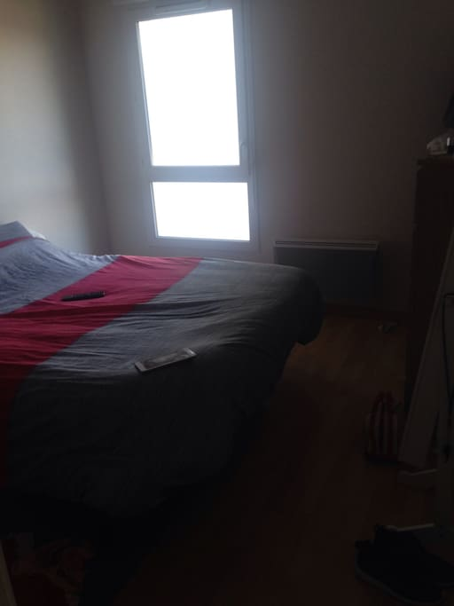 Chambre 1, lit 160x200 avec télé