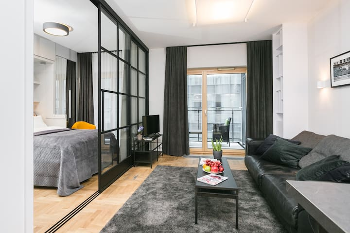 Modern Business Apartment in City Centre