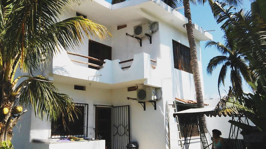 Pacheco's house.Hermosos atardceres - Jaluco - Casa