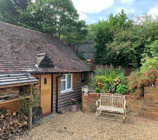 The Little Barn, Bramshott Chase