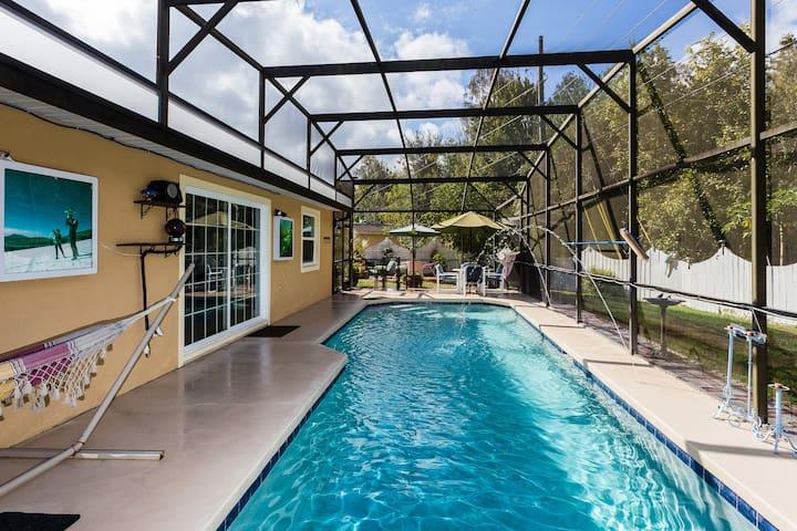 Beautiful Kissimmee Pool 1 room