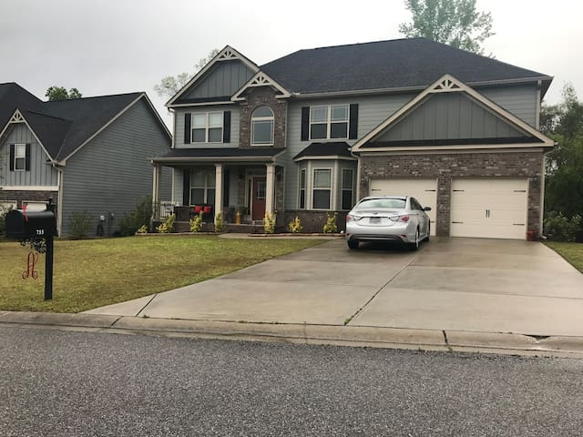 Cozy Home/Gym in Grovetown for Masters Week