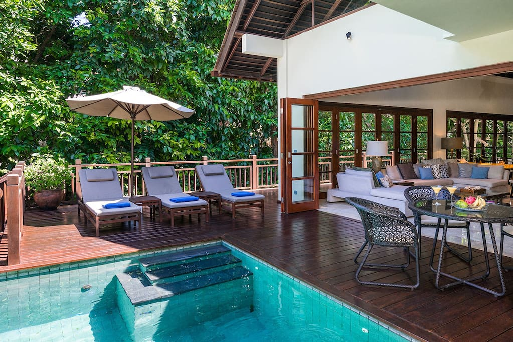Villa Indah exterior, direct access from living room to the swimming pool
