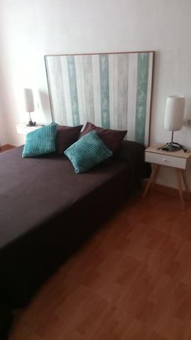 Dormitorio principal. Main room