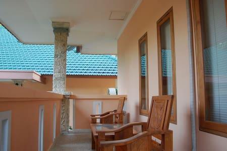 Beach Resort Villa Orchid - Bali - Villa