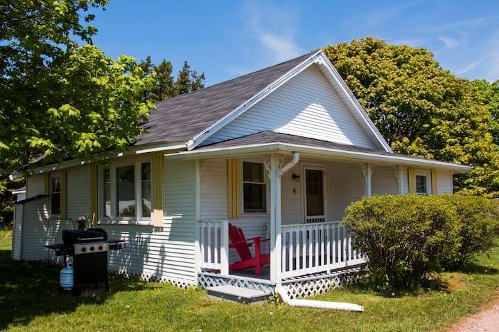 Bayside Cottages - Cottage #4