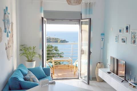 Between 2 beaches + lonely coast @ Captain's suite