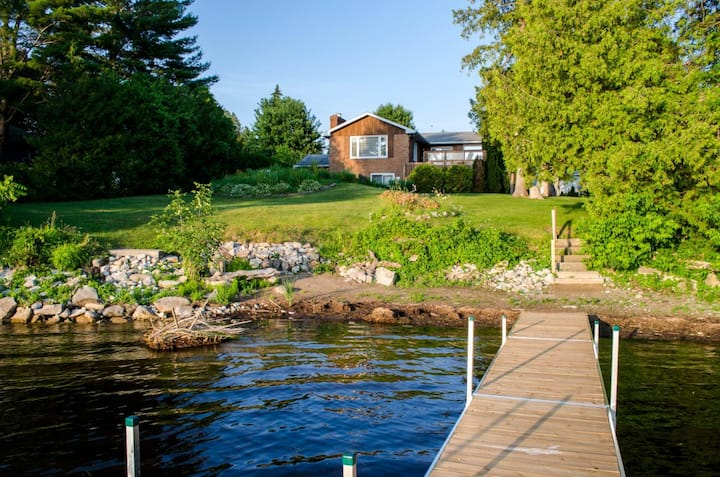 Crowe Lake Lodge