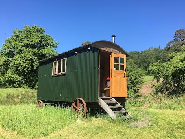 Garroch Glen Shepherds Huts 1