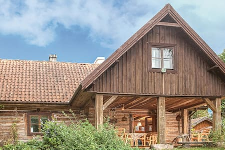 Holiday cottage with 4 bedrooms on 131m² in Milakowo