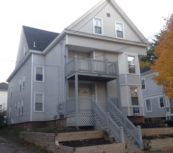 Two bedroom Apt -Near Bates College - Lewiston