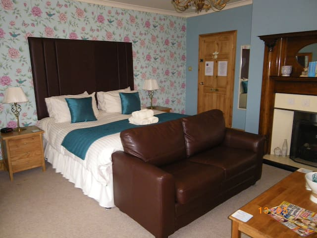 Number 21 - Newbiggin-by-the-Sea - Bed & Breakfast