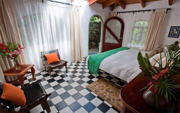 Finca Rosa Blanca Coffee Plantation Resort Garden Studio