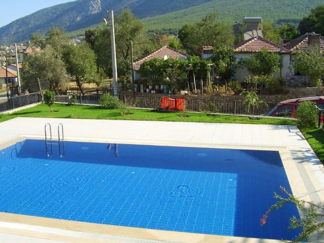 Magnificent Holiday House in OLUDENIZ
