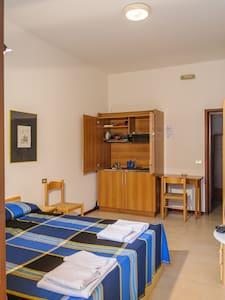 affittacamere gigi - Piacenza - Lejlighed