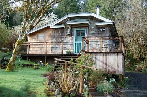 The Cabin at Willapa Bay