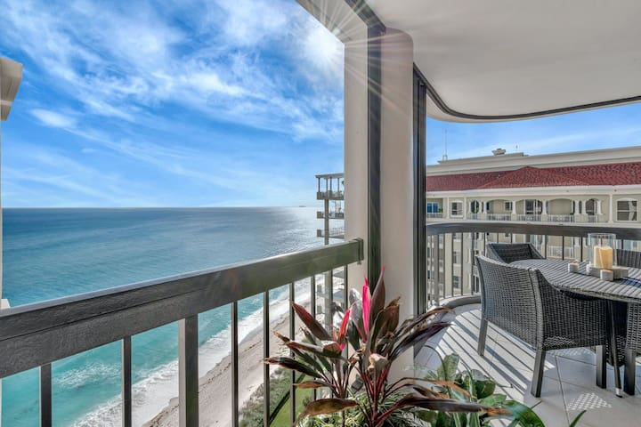 Oceanfront Singer Island Condo - Views for Miles
